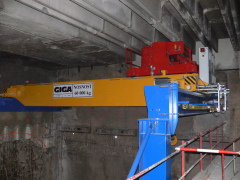 Prague metro - bridge crane GDMJ 60t for Metrostav