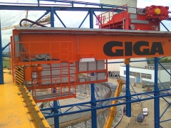 Bridge cranes of GIGA with a capacity of 125t a 165t for electric plant Počerady