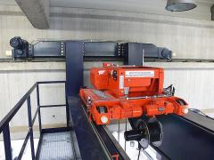 Electric wire-rope hoists GIGA - crab of GHM series, with a cable drum for magnet control