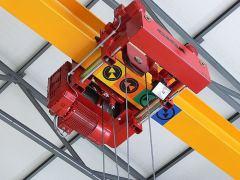 Hoists GIGA – hoist with rope stabilization