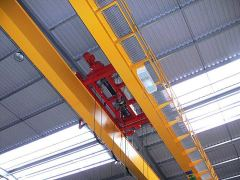 Bridge cranes of GIGA - double girder bridge crane GDMJ 2x5t:25,5m with rope stabilization on magnet traverse