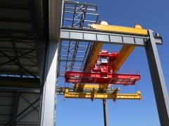 Dvounosnkoovy mostovy jerab GDMJ 50t-15,4m_06
