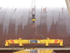 Gantry crane v MCE Hyíregyháza – status before modernization - magnet traverse