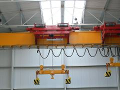 Electric wire-rope hoists GIGA - cantilever, with rope stabilization